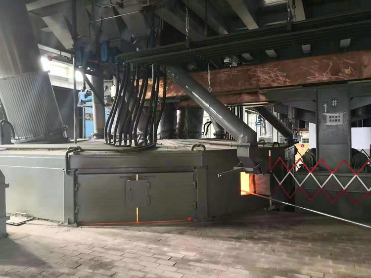 玄武岩熔炼炉