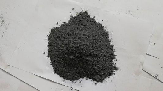 含碳浇注料